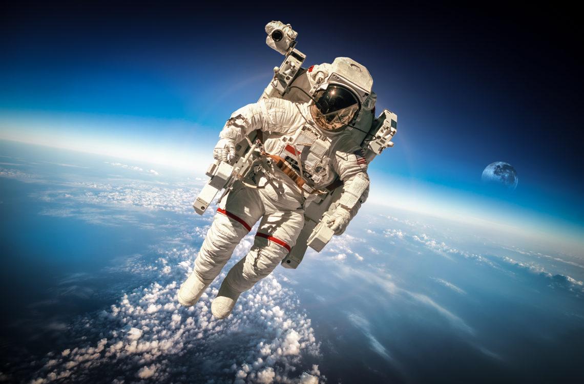 Astronauta full Pleiadi Science Farmer Planetario